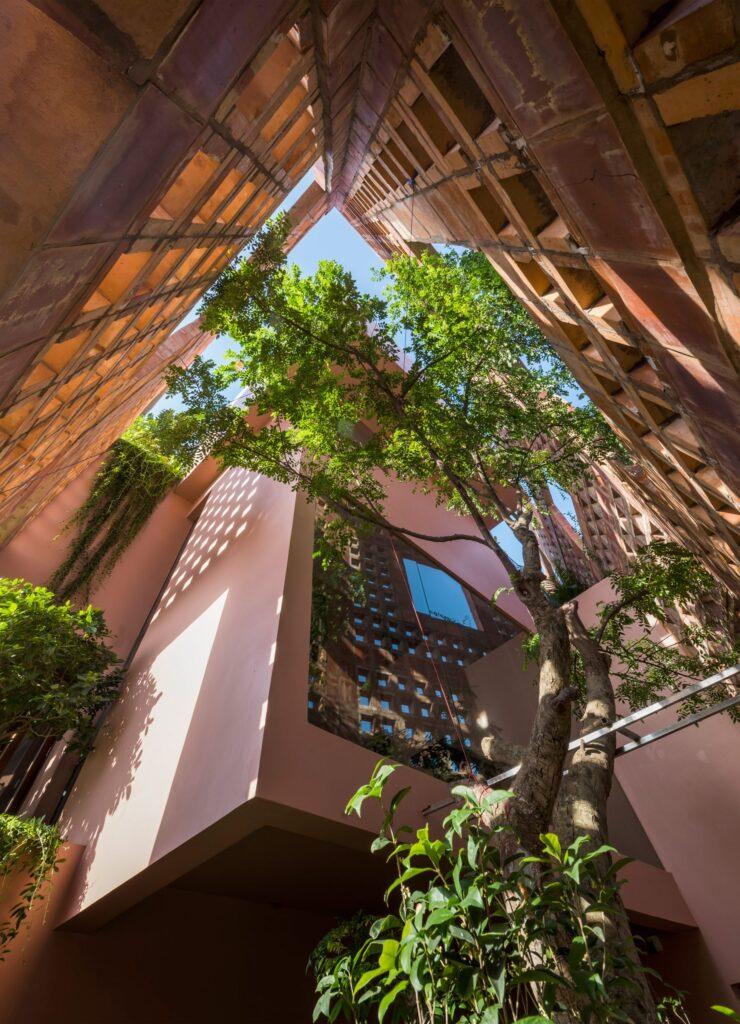Естественная вентиляция благодаря перфорированному фасаду из керамического кирпича