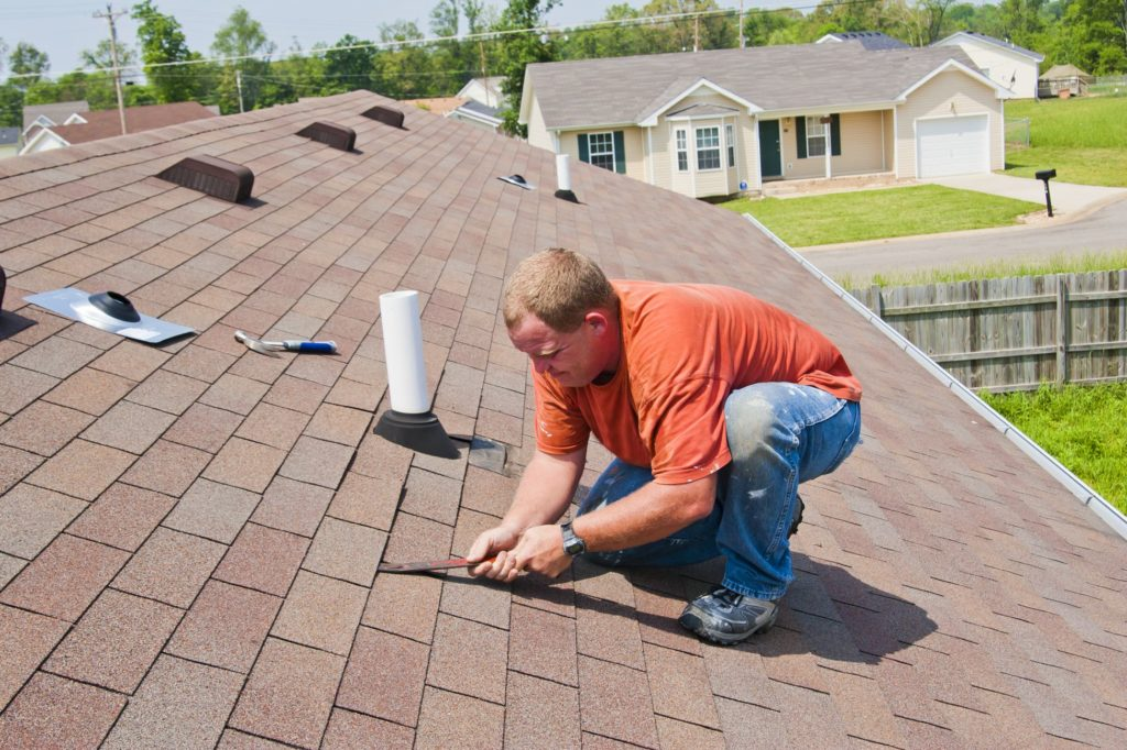 Что делать если потекла крыша?